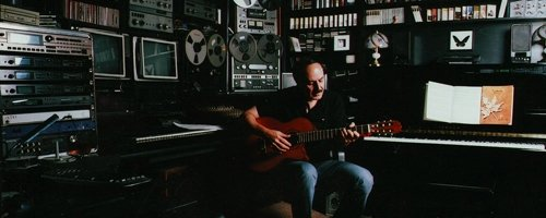 http://www.lachini.com/filmmusic/flachini.jpg